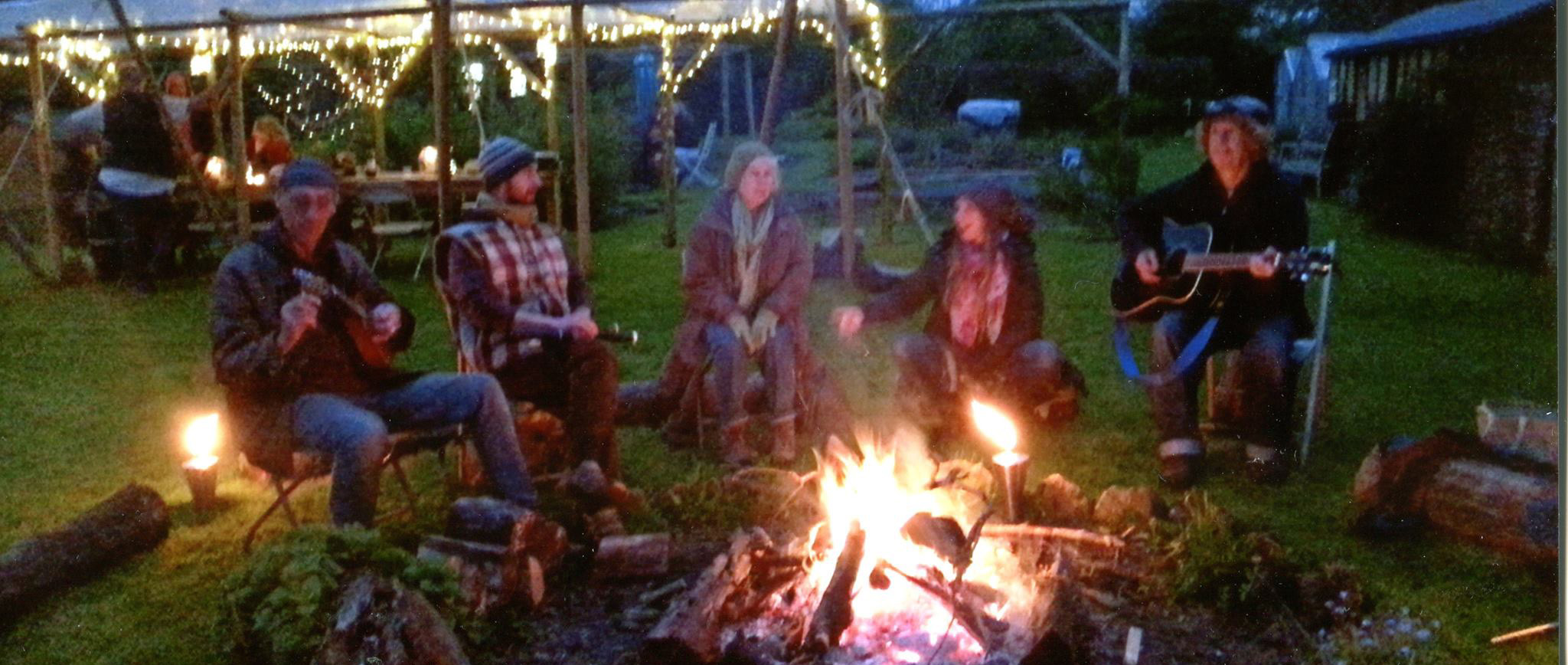 Firelight Folk - Folk singers in Somerset